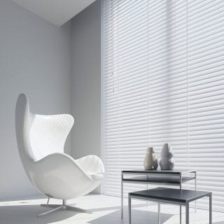Gloss white venetian blind